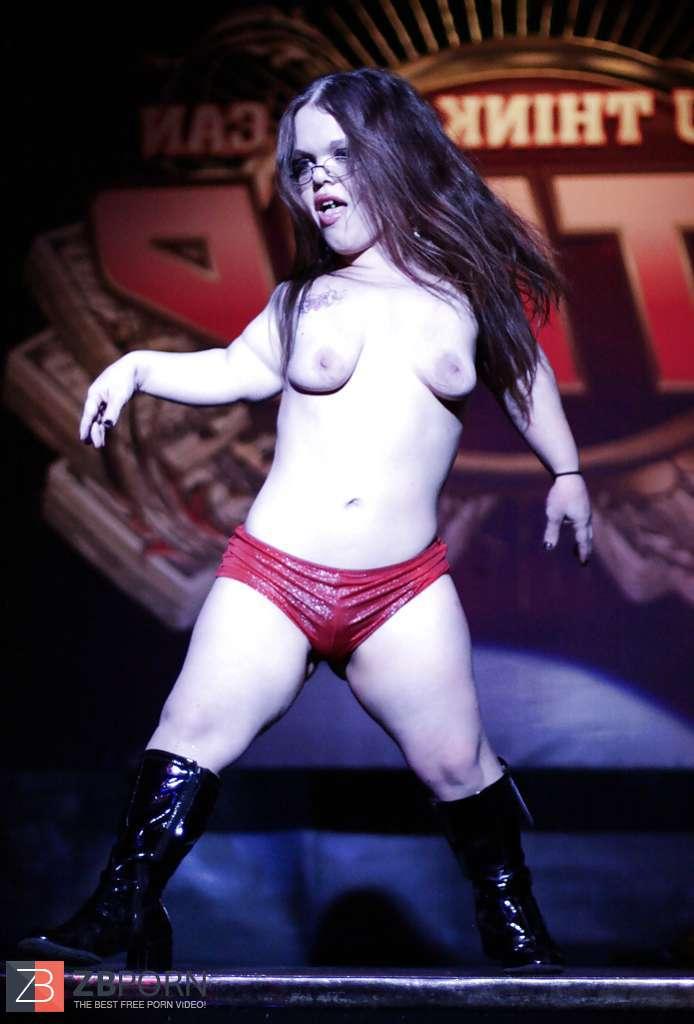 michele-female-midget-strippers-glamour