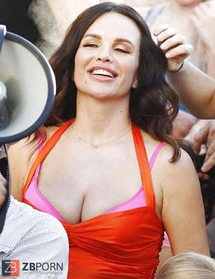 severina porn film nagy fekete fasz meleg anális
