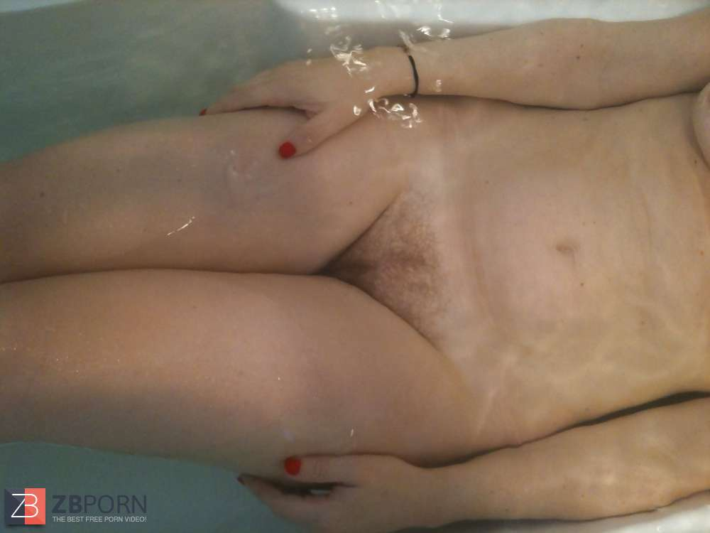 Lesbian strap on squirting