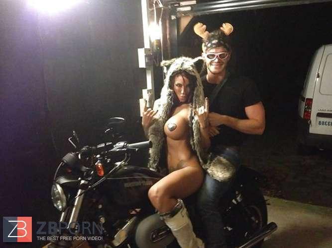Photos and other amusements Jessoca alba spank