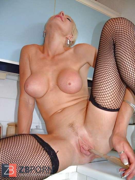 Milf Bukkake British Blondes