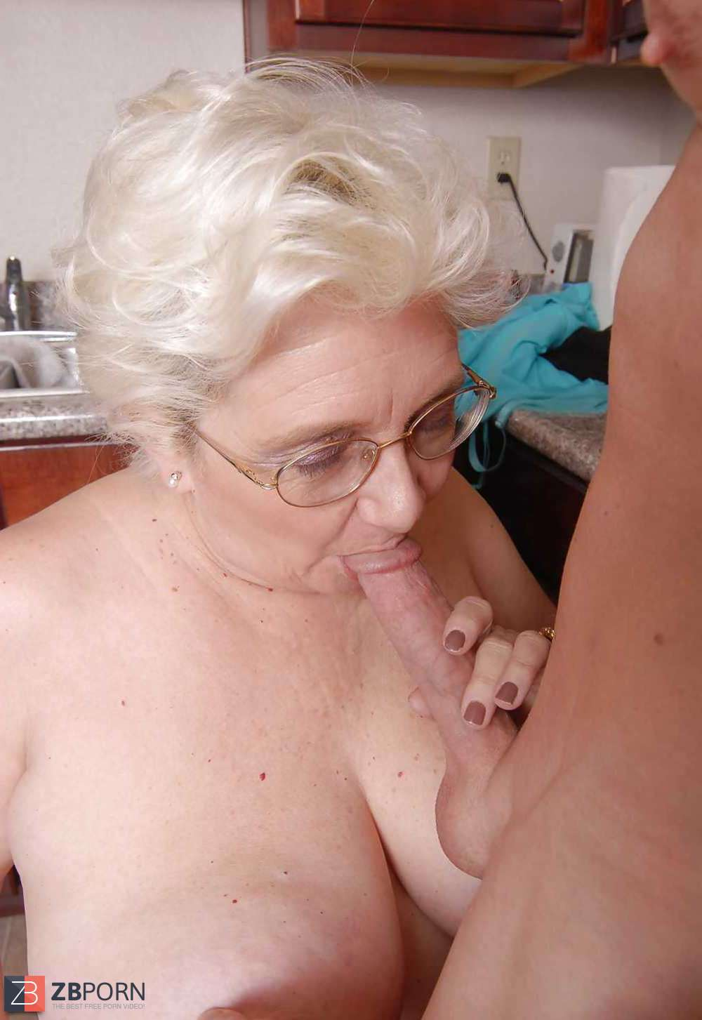 My Luxurious Giant Donk Granny Cricket  Zb Porn-3481