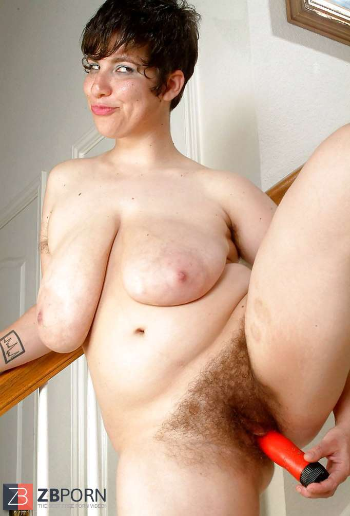 Mature Vicky Huge Saggy Jugs And Unshaved Puss And Pits -6281
