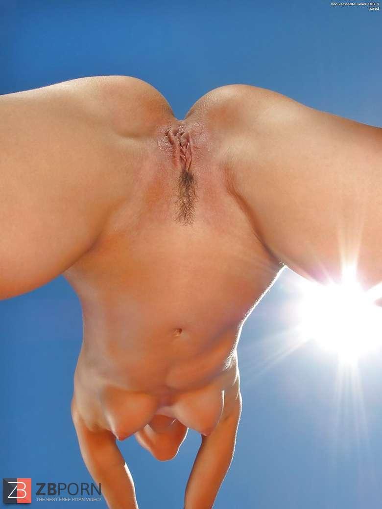 Hot Naked Yoga Babes