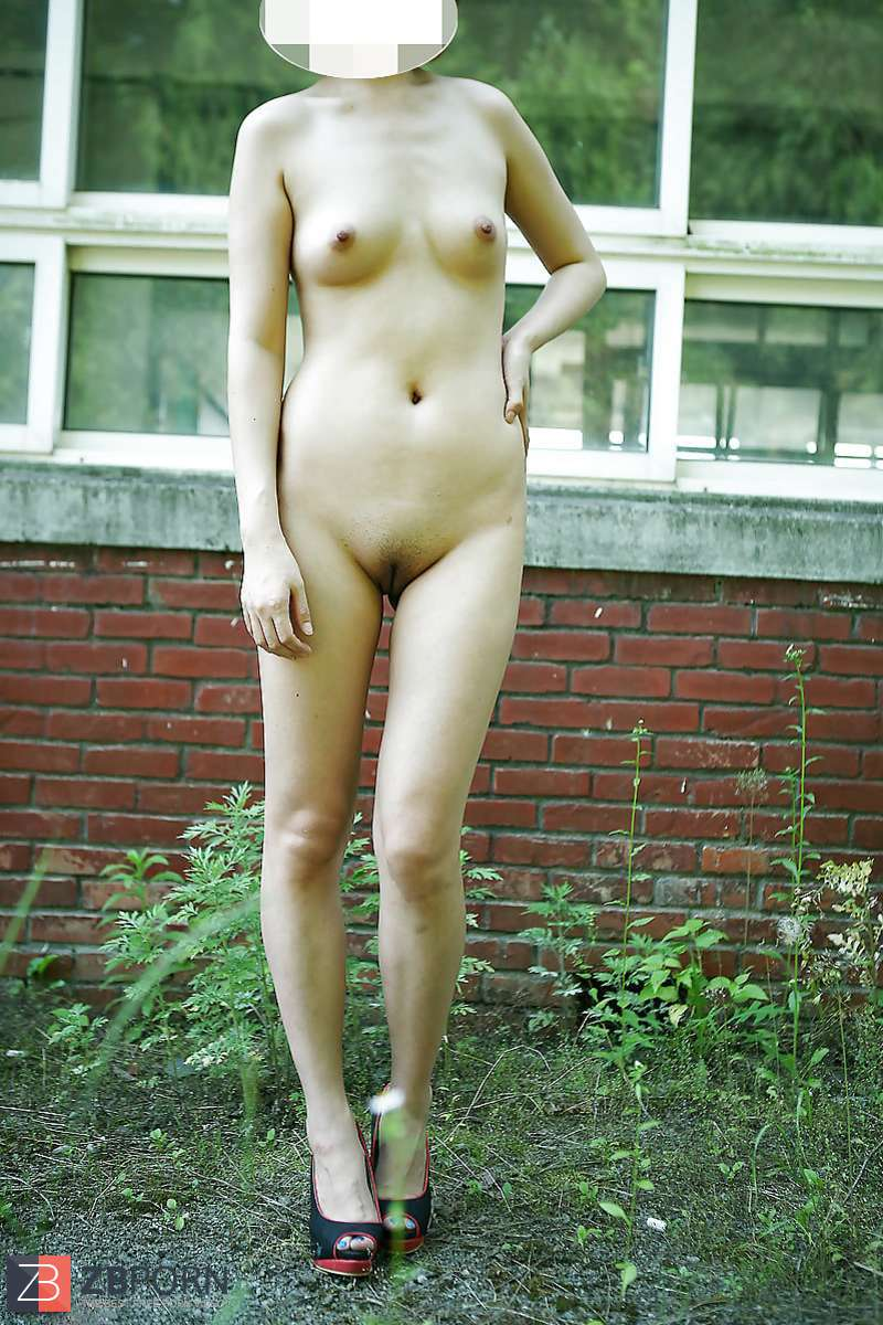 Korean outdoor naked pics, pussy and trucks
