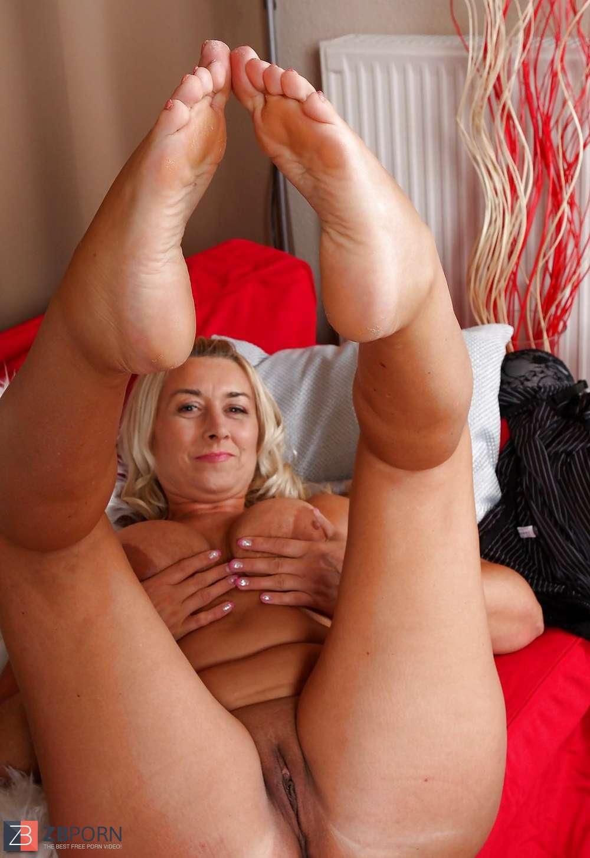 Super-Fucking-Hot Mature Poon Melyssa 1  Zb Porn-1154