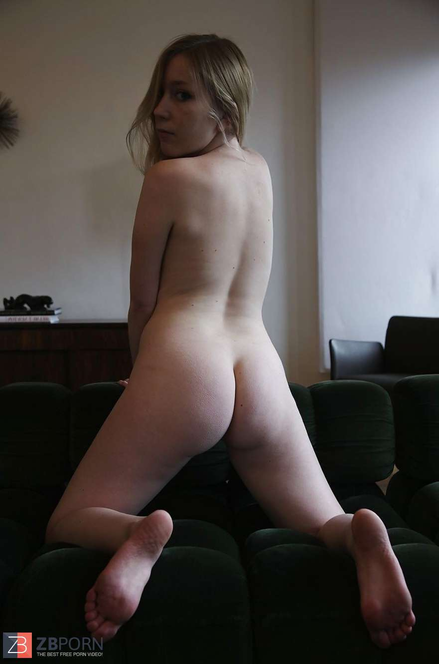 Sister In Law Talked Into Posing Naked  Zb Porn-6704