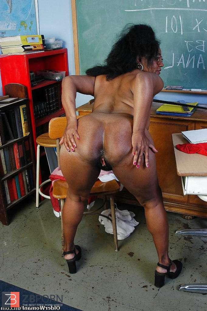 Beautiful round spank