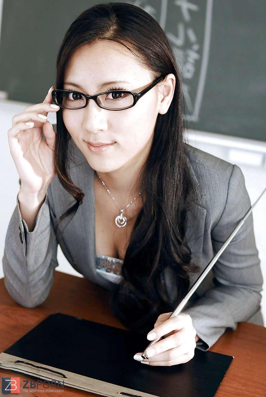 Japanese Teacher Porn - Japanese teacher creampie tear up / ZB Porn