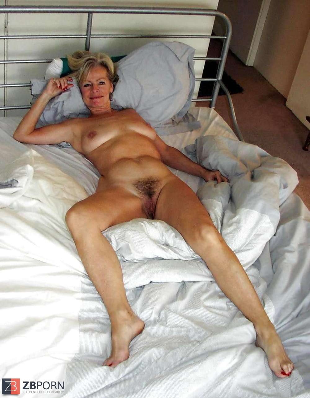 Usa Gilf Justine Aka Baddgramma Is Ready For Some Solo Action In Leather