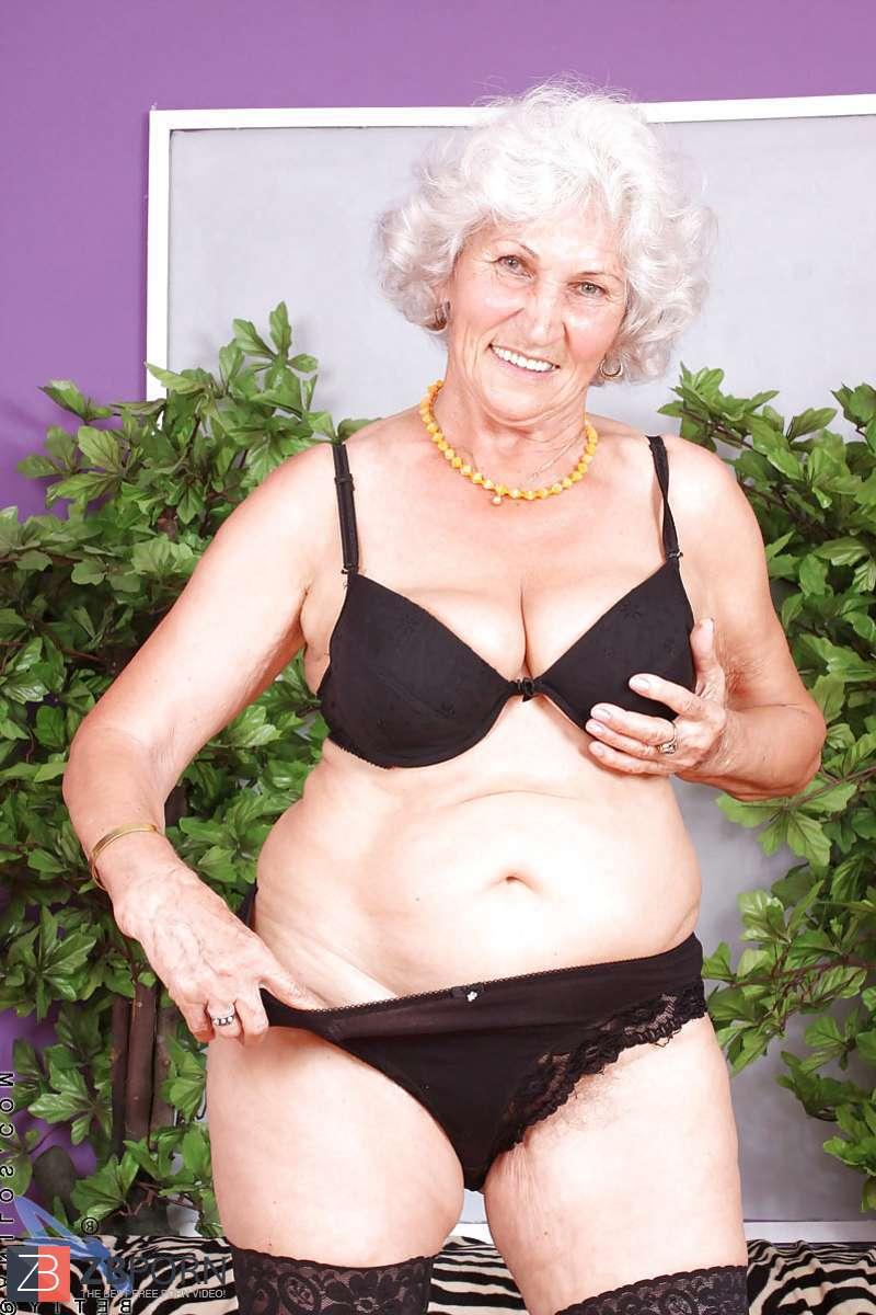 Granny Betty aka Norma / ZB Porn