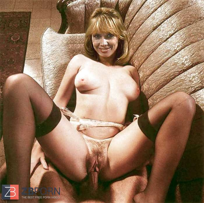 English upskirt housewife