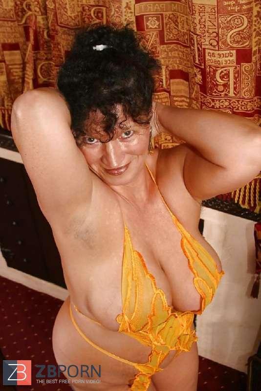 Plumper Whore - PLUMPER Kim - Big-Titted (40G) Mature Whore from Clacton UK ...