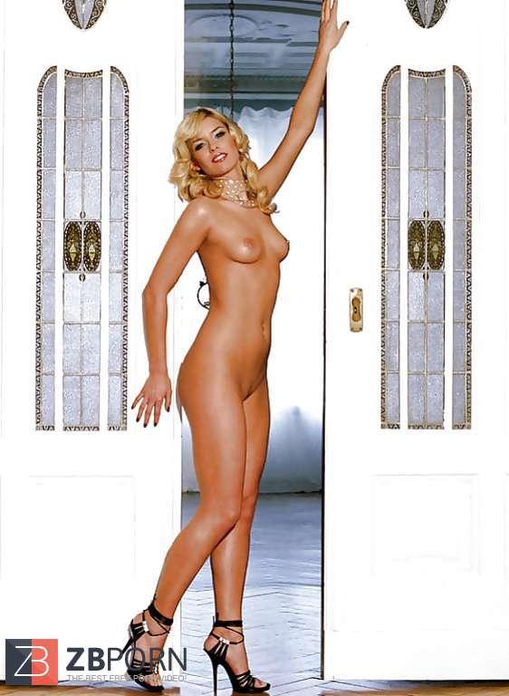 Annica Hansen  nackt