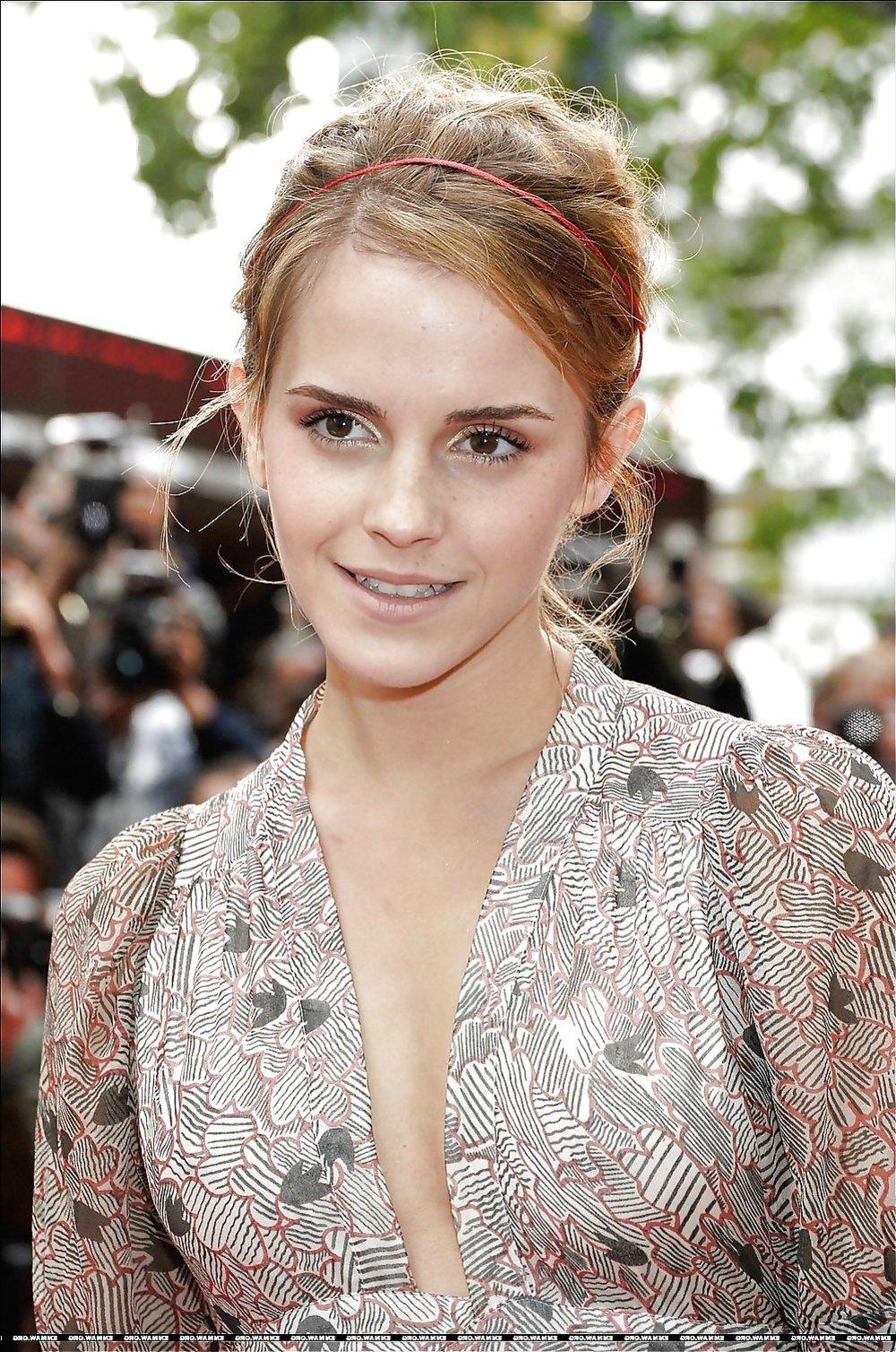 Celeb Jism Targets : Emma Watson / ZB Porn