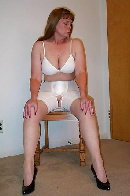 Brassieres, Undies, Girdles, Pantyhose, Stockings  Zb Porn-2215