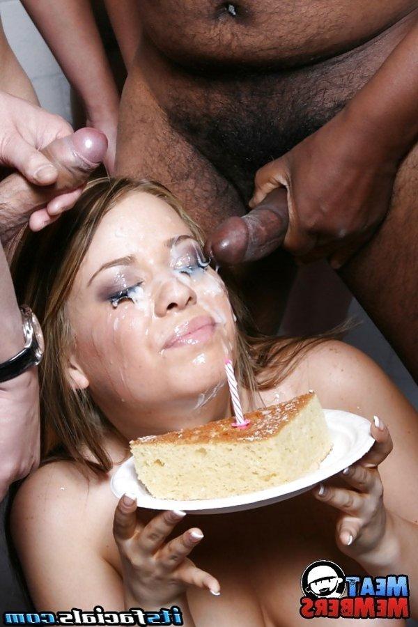 Eating lots of cum — pic 7
