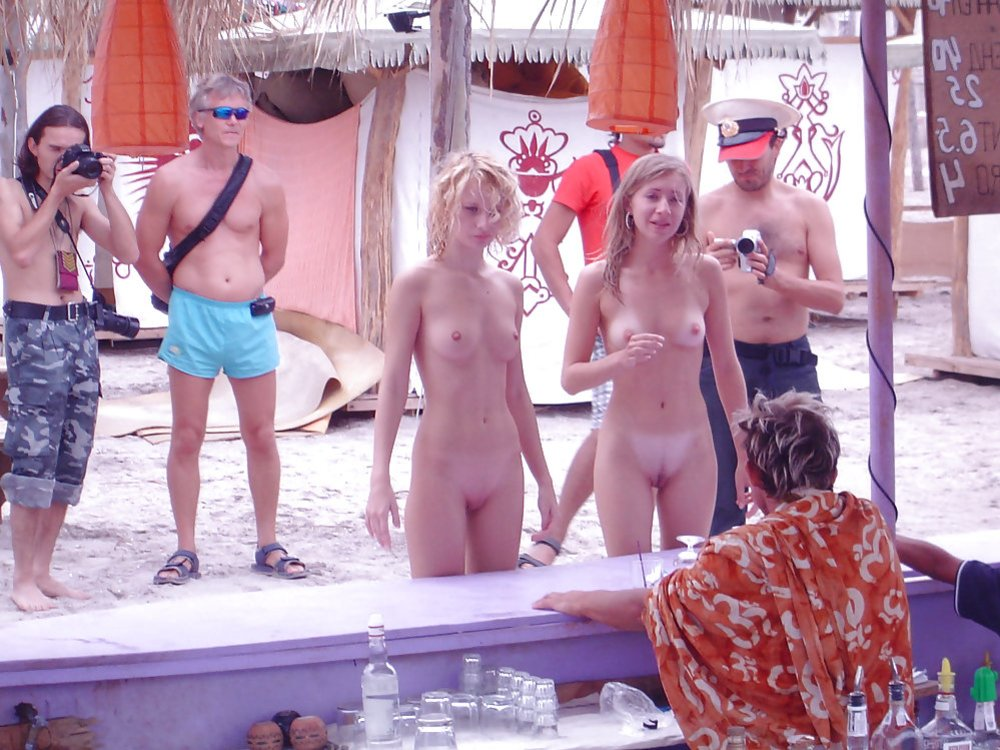 Celeb Naked Groupies Scenes