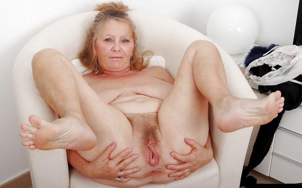 Douche Sexspielzeug Nackt gespreizte Beine Bilder