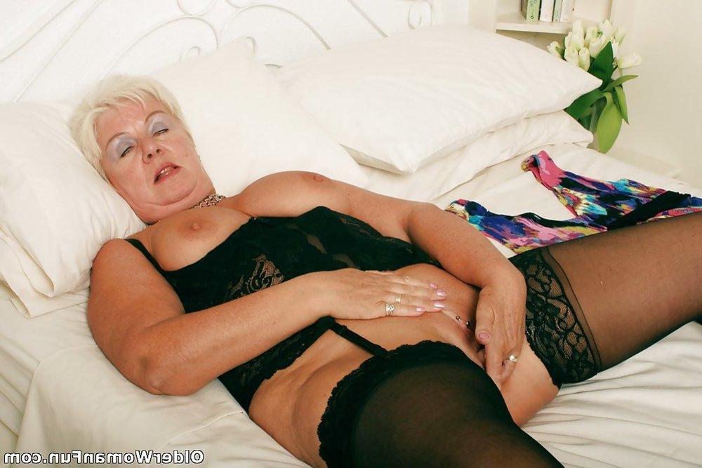 Video granny big tits
