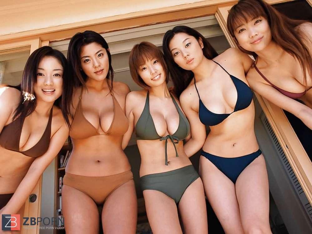 Naked women menses photos