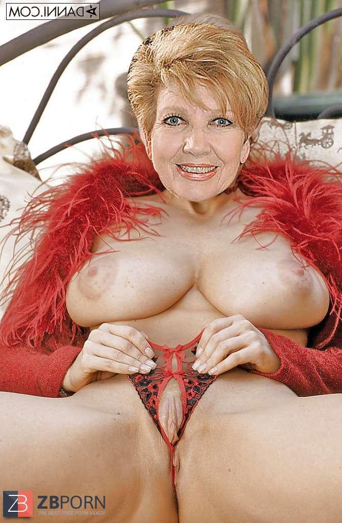 Nackt carolin reiber Carolin Reiber