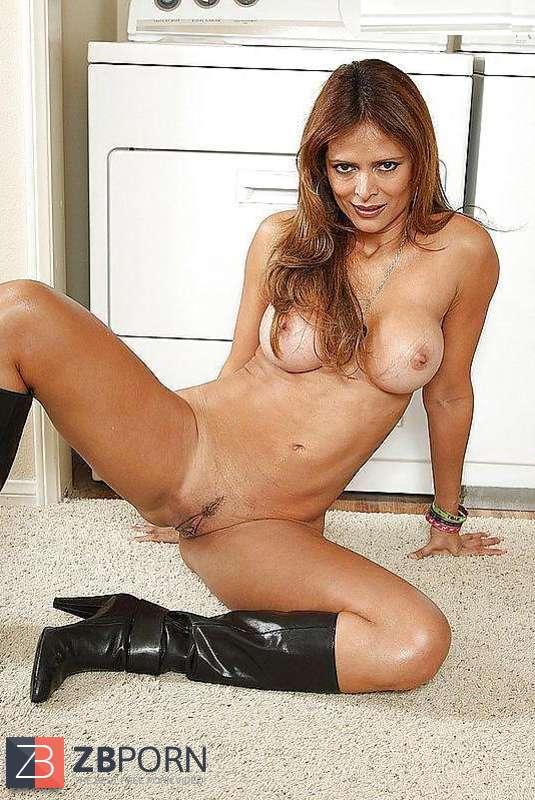 Monique Fuentes porno czarne kremowe filmy cipki